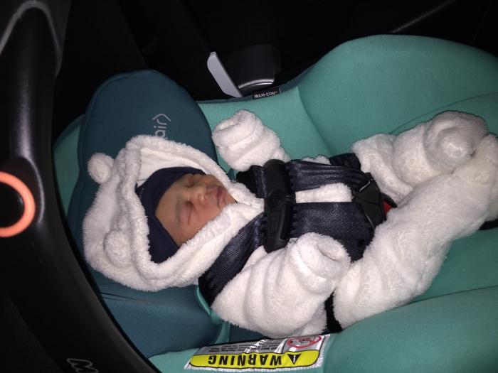 Maxi Cosi Prezi Infant Car Seat - Devoted Black
