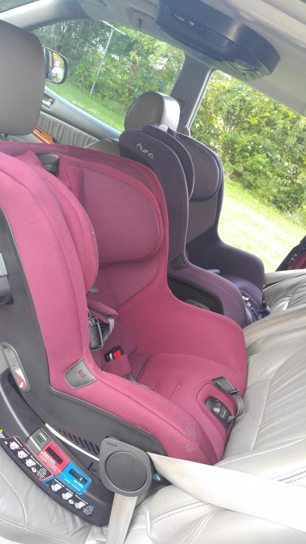 Nuna RAVA Convertible Car Seat - Indigo