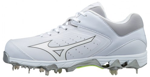 Mizuno Women's 9-Spike Swift 5 Softball Cleats