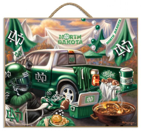 North Dakota Fighting Hawks Tailgate Plaque