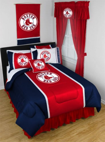 Boston Red Sox Sidelines Bed Comforter