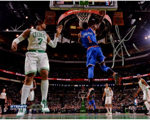 Amar'e Stoudemire Signed Reverse Dunk Against Boston 8 x 10 Photo
