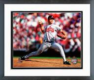 Atlanta Braves Greg Maddux 1993 Action Framed Photo
