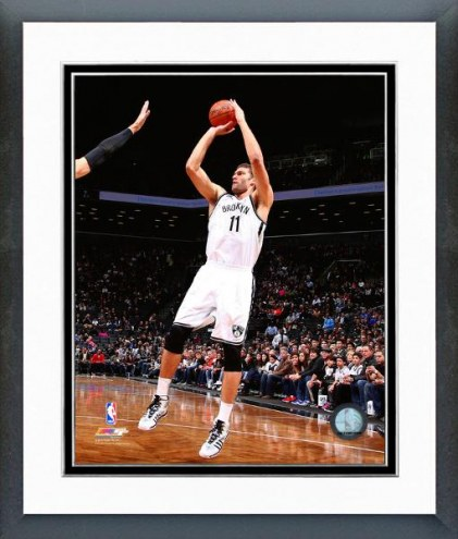 Brooklyn Nets Brook Lopez Action Framed Photo