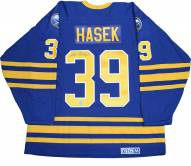 Buffalo Sabres Dominik Hasek Signed Retro CCM Hockey Jersey