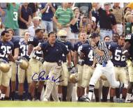 Charlie Weis Yelling from Sidelines with Team in the Background 8 x 10 Photo