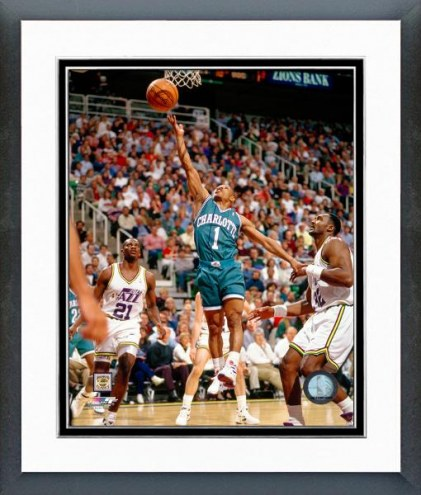 Charlotte Hornets Tyrone Bogues Action Framed Photo