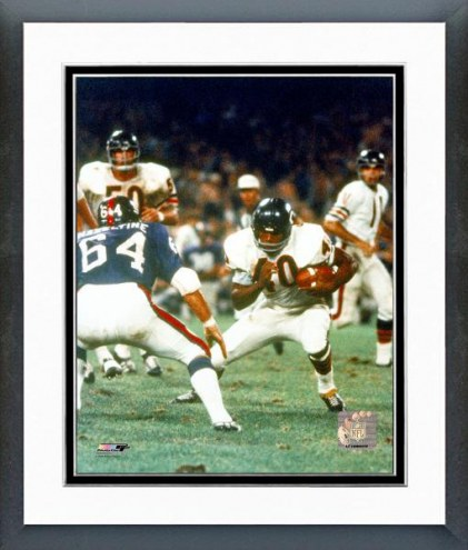 Chicago Bears Gale Sayers - Action with ball Framed Photo