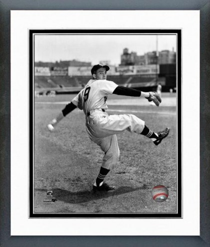 Chicago White Sox Billy Pierce Posed Framed Photo