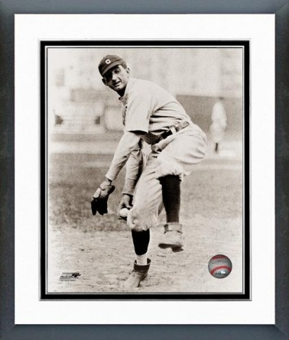 Chicago White Sox Shoeless Joe Jackson Fielding Framed Photo