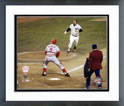 Cincinnati Reds Johnny Bench 1976 World Series Action Framed Photo