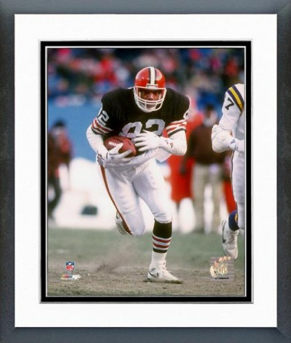 Cleveland Browns Ozzie Newsome - 1989 Action Framed Photo