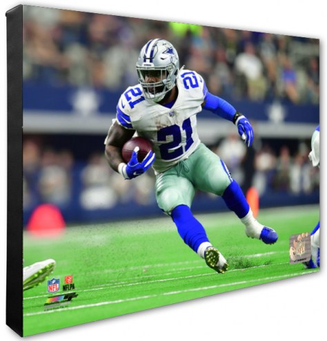 Dallas Cowboys Ezekiel Elliott Action Photo