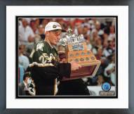Dallas Stars Joe Nieuwendyk with Conn Smyth Trophy Framed Photo