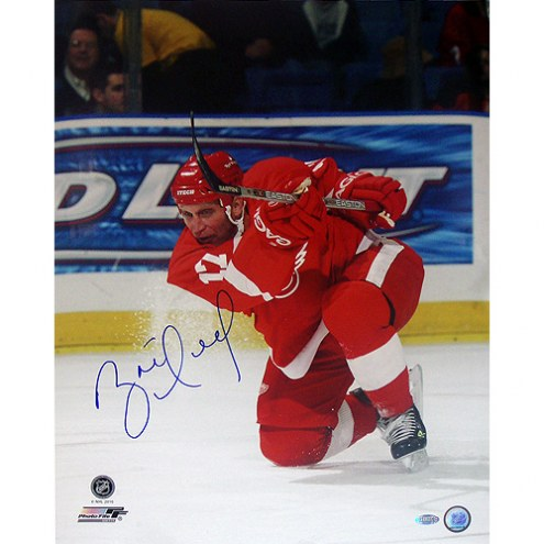 "Detroit Red Wings Brett Hull Red Jersey Slap Shot Signed 16"" x 20"" Photo"