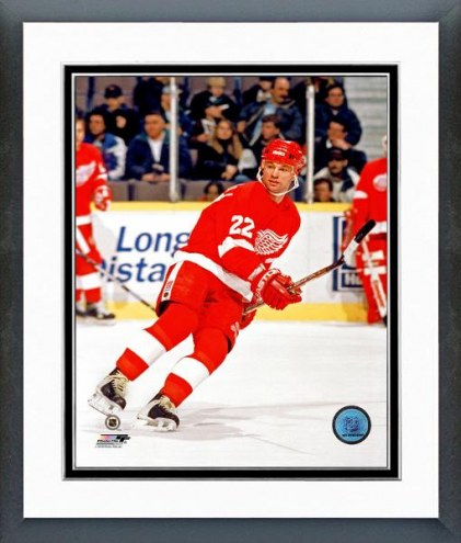 Detroit Red Wings Dino Ciccarelli Action Framed Photo