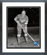 Detroit Red Wings Ted Lindsay Posed Framed Photo