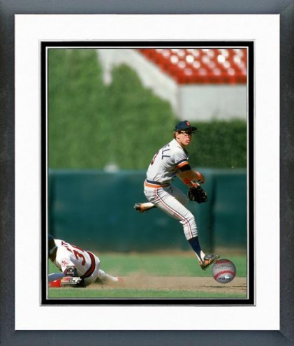 Detroit Tigers Alan Trammell 1986 Action Framed Photo