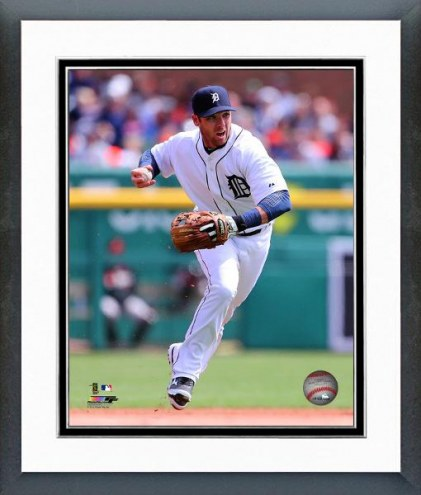 Detroit Tigers Andrew Romine Action Framed Photo