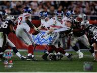 Eli Manning Super Bowl XLII Escaping Tackle Horizontal 8 x 10 Photo