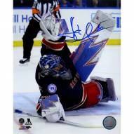 Henrik Lundqvist Signed '400th Win Stacking The Pads' 8 x 10 Photo