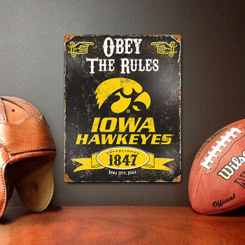 Iowa Hawkeyes Vintage Metal Sign
