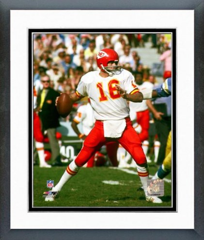 Kansas City Chiefs Len Dawson 1972 Action Framed Photo