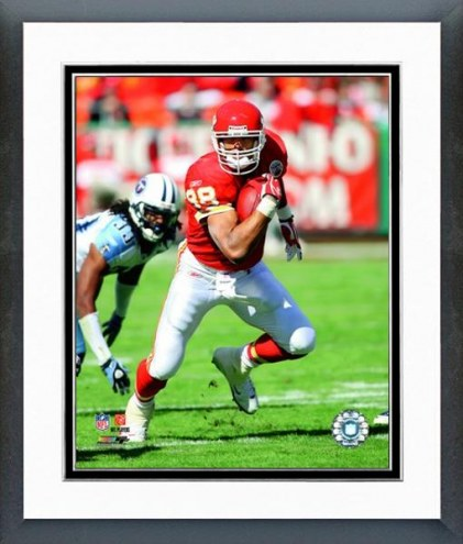 Kansas City Chiefs Tony Gonzalez 2008 Action Framed Photo