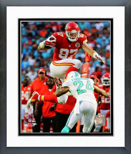 Kansas City Chiefs Travis Kelce Action Framed Photo