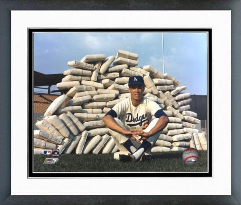Los Angeles Dodgers Maury Wills pose with bases Framed Photo
