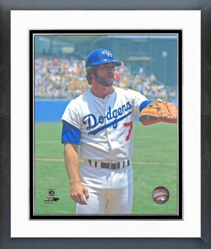 Los Angeles Dodgers Steve Yeager Posed Framed Photo