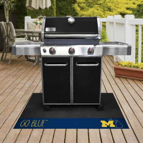 Michigan Wolverines Southern Style Grill Mat