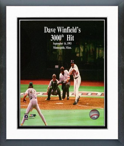 Minnesota Twins Dave Winfield 3000th Hit Framed Photo