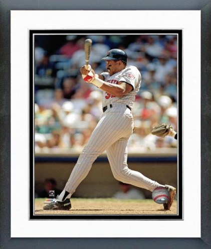 Minnesota Twins Dave Winfield Action Framed Photo