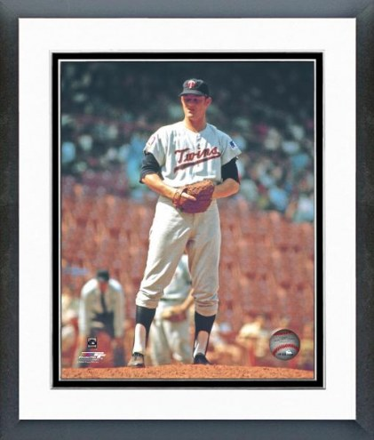 Minnesota Twins Jim Kaat Action Framed Photo
