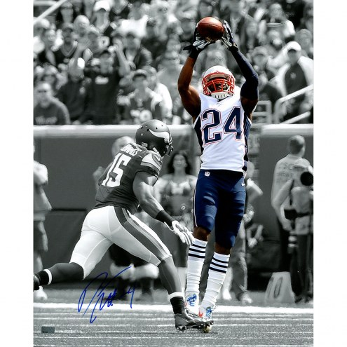 "New England Patriots Darrelle Revis Spotlight Catch Signed 16"" x 20"" Photo"