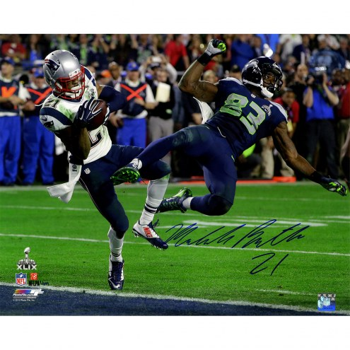 """New England Patriots Malcolm Butler Metallic Super Bowl 49 INT Signed 16"""" x 20"""" Photo"""
