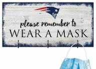 New England Patriots Please Wear Your Mask Sign