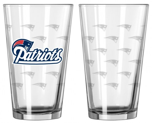 New England Patriots Satin Etch Pint Glass - Set of 2