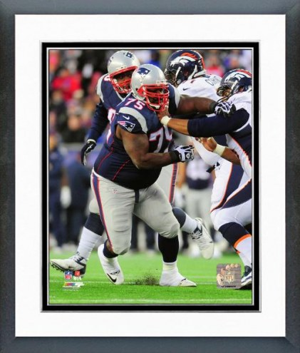 New England Patriots Vince Wilfork Action Framed Photo