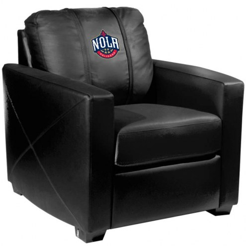 New Orleans Pelicans XZipit Silver Club Chair with NOLA Logo