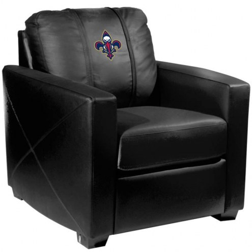 New Orleans Pelicans XZipit Silver Club Chair with Secondary Logo