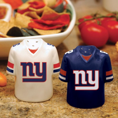 New York Giants Gameday Salt and Pepper Shakers