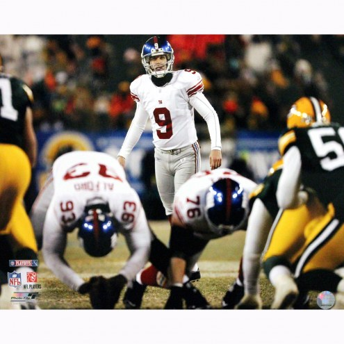 """New York Giants Lawrence Tynes Lining up for Kick vs Green Bay Signed 16"""" x 20"""" Photo"""
