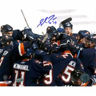 "New York Islanders Shawn Bates Team Celebration Signed 16"" x 20"" Photo"