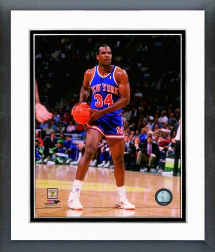 New York Knicks Charles Oakley 1988-89 Action Framed Photo