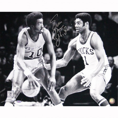 "New York Knicks Earl Monroe Dribble vs Oscar Robertson w/ Pearl Signed 16"" x 20"" Photo"