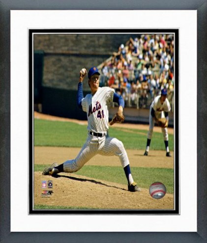 New York Mets Tom Seaver Action Framed Photo