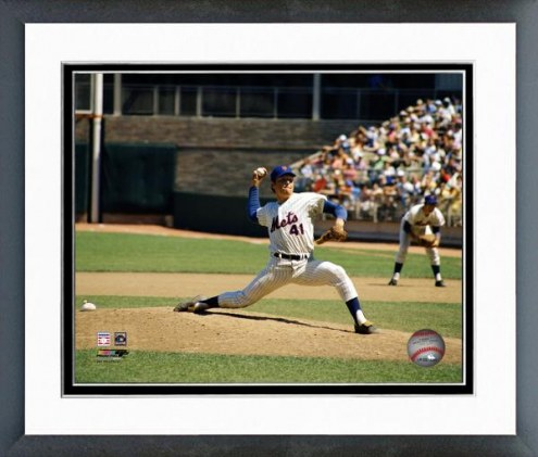 New York Mets Tom Seaver Pitching Action Framed Photo