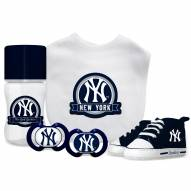 New York Yankees 5-Piece Baby Gift Set
